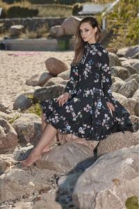 Piękna rozkloszowana sukienka l269