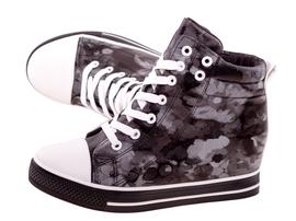 Czarne wiosenne sneakersy trampki damskie 628
