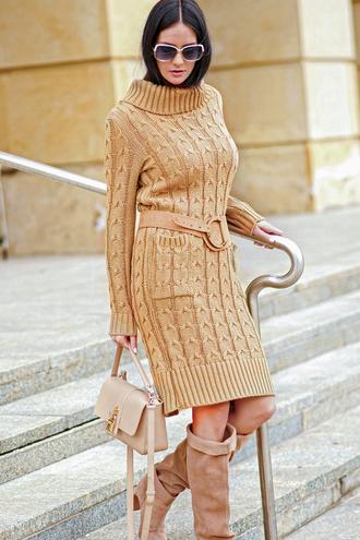 Sukienka wywijany dekolt ns68