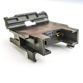 Oprawa bezpiecznika samochodowego nożowego z konektorami